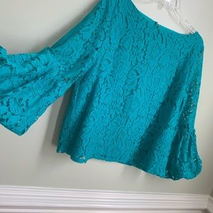 Laundry by Shelli Segal lace top